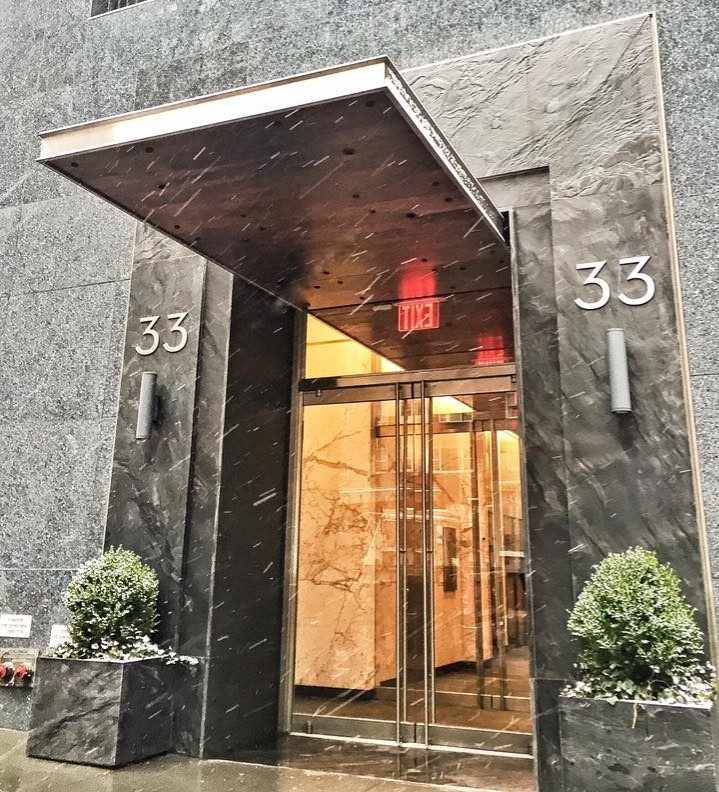 33 West 60th Street Office Building